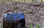 Ölfass im Wald