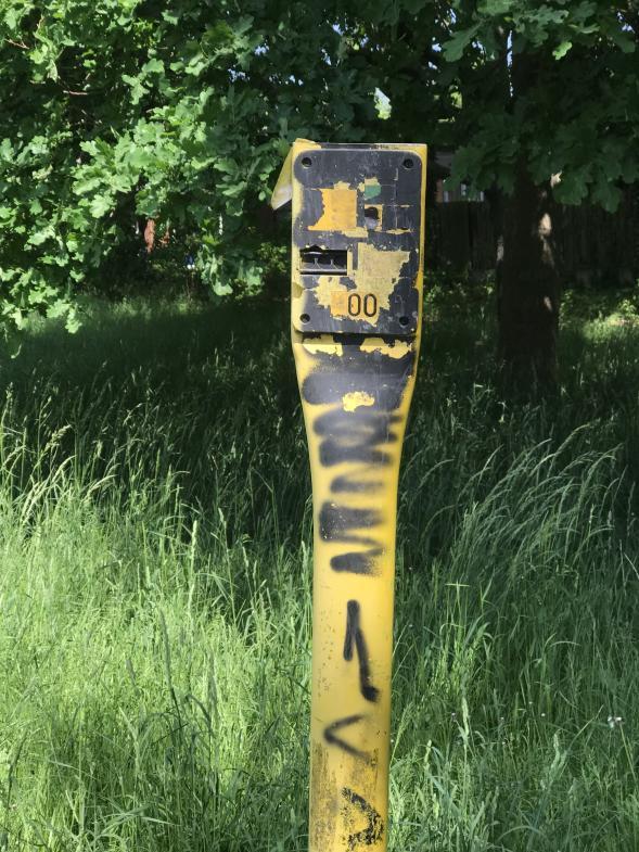 Vandalismus an Standortanzeige für Gasleitung