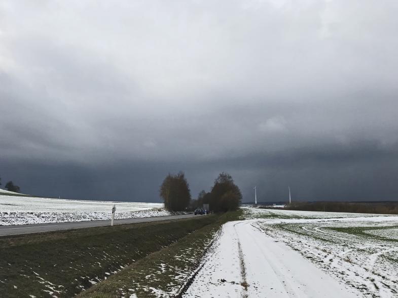 Wetterfront zieht auf