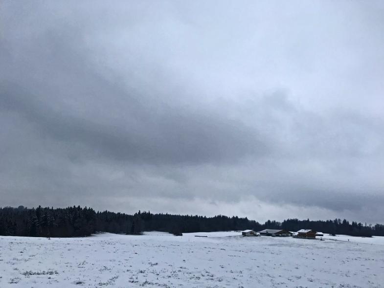 Eingeschneite Alm bei Bad Tölz