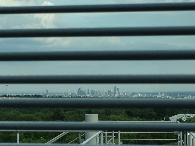 Blick von Kronberg auf Frankfurt am Main