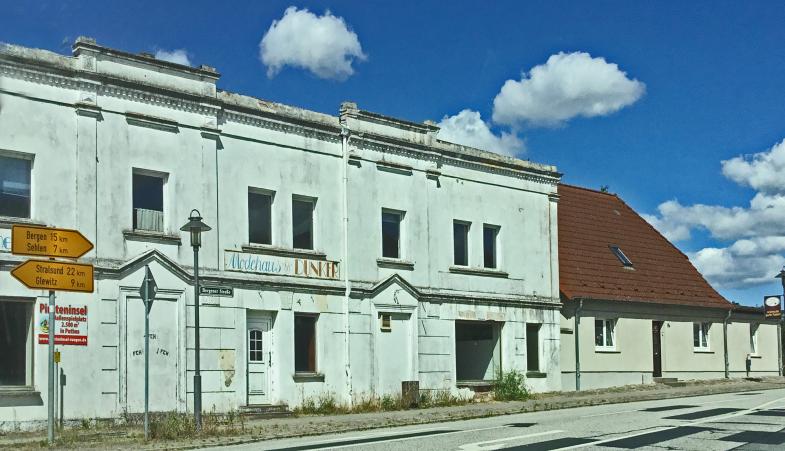 Modehaus Dunker, Strassenansicht